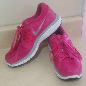 Nike fual fusion shoes